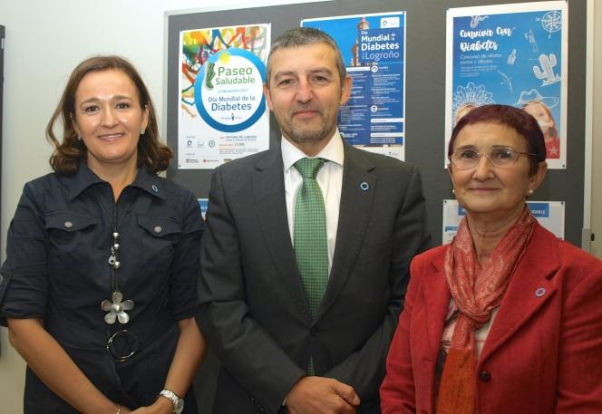 Dra. María Ángeles Martínez de Salinas, responsable del Comité Organizativo Local, Andoni Lorenzo, presidente de la Federación Española de Diabetes (FEDE); Dra. Sonia Gaztambide, presidente de la FSED.